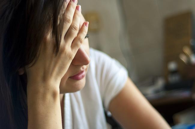 結婚が全てじゃないのに…独身女子が負け犬な気分になる3つの理由