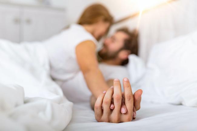 先に体の関係に…その後に付き合える?付き合えない?画像