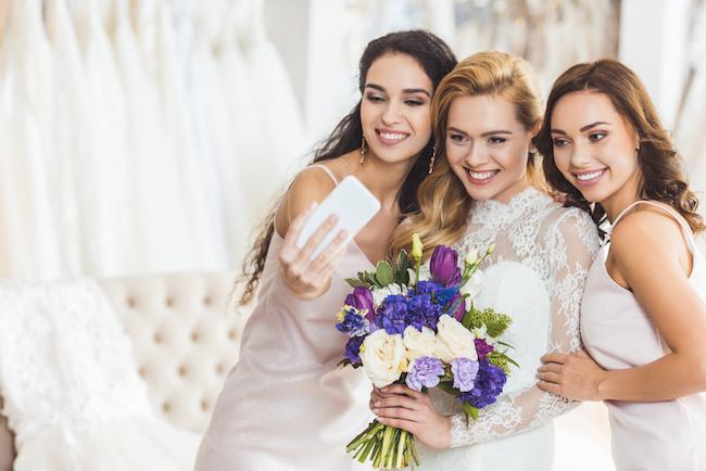結婚すると女友達が減る⁈ギクシャクしがちな既婚vs独身...仲良しキープのコツ