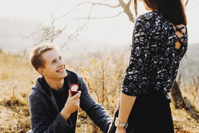 結婚、意識してます…!男性が将来を考えている彼女にとる3つの行動