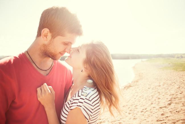 女性からのキスはあり?男性の本音とは