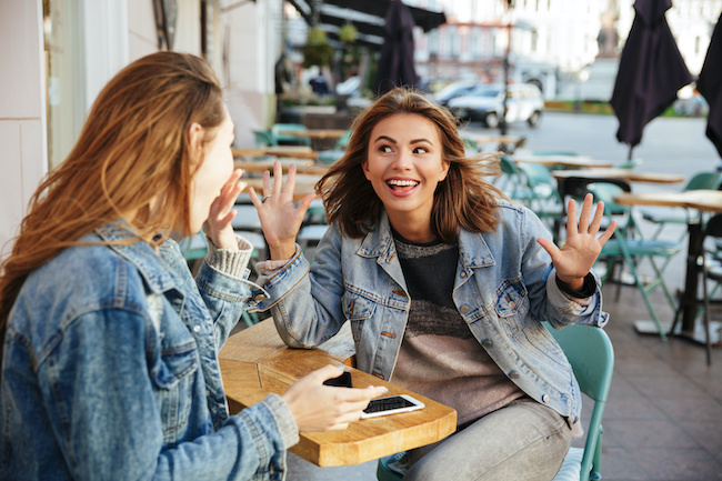 新婚のろけが止まらない友達へ対応!独身女性の身のこなし方