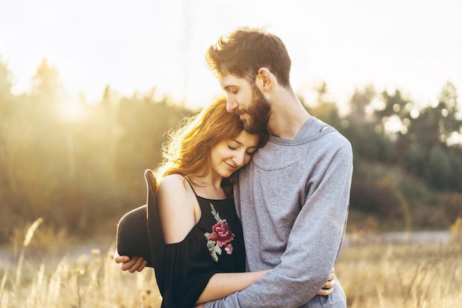 付き合う季節で長続きする確率が変わる?!気になる恋愛と季節の不思議な関係