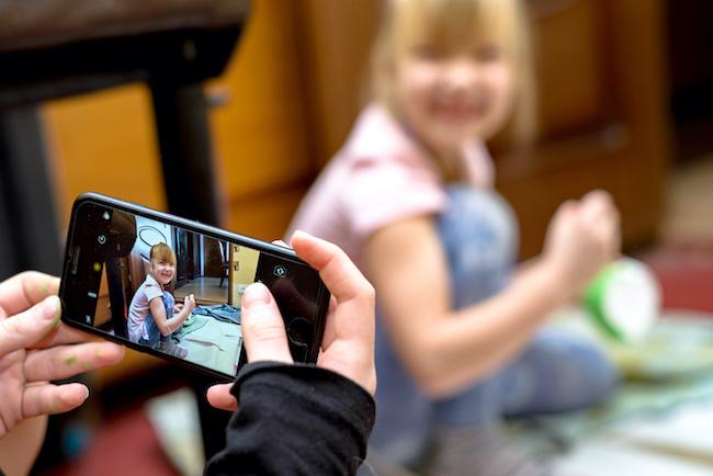 大量の子ども写真はどうする!?写真整理のコツやサービスを知って思い出をキレイに残そう