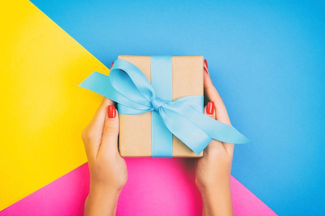 奥さんや恋人がいる男性に贈るプレゼント