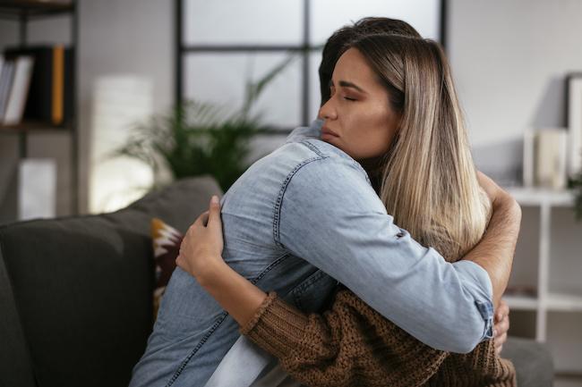 「好きだから別れる」既婚者の心理7選。辛い別れを乗り越える方法画像