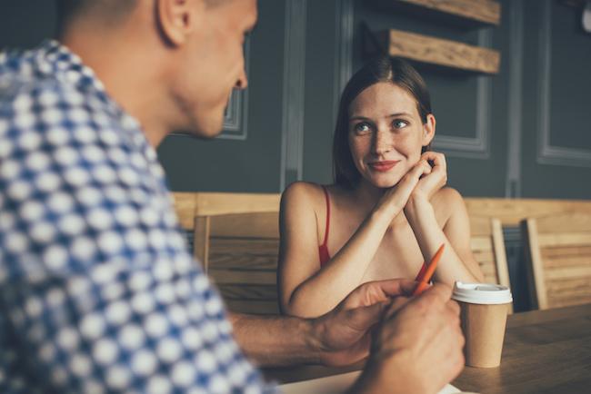 もう待つのは限界!何回デートしても告白してこない男性を後押しする方法
