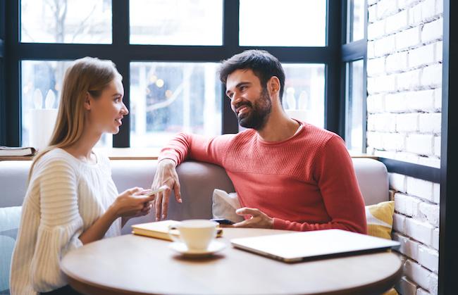 会話で好きな人が虜に!男性に「いいな」と思われる会話のコツ