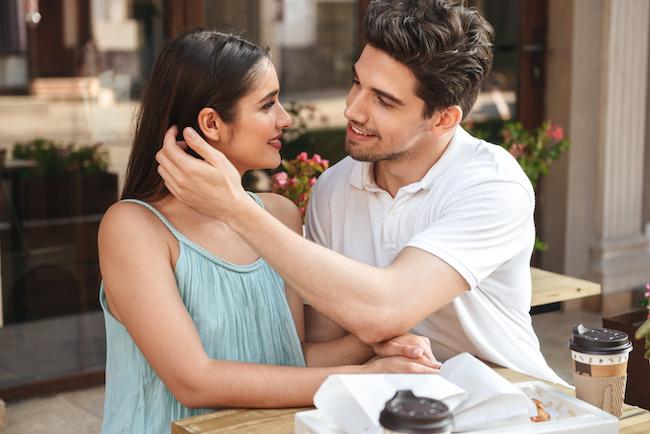 ずっと好き!変わらない愛情を注いでくれる男性の特徴3つ