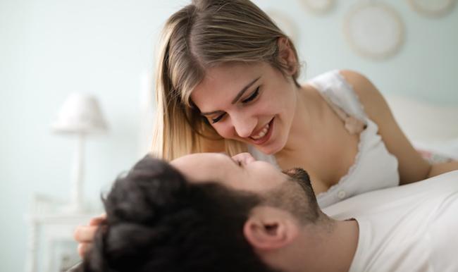 【男性目線!】彼女から「キス」されてキュン死にした瞬間3つ