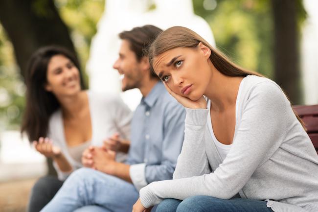 彼氏が「女友達とも遊びたい」と言う理由と対処法