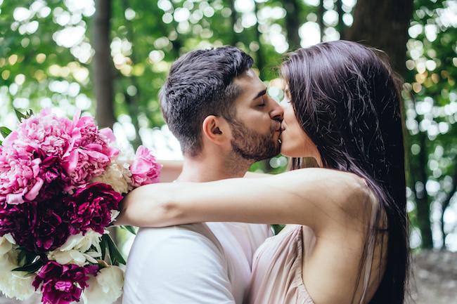 恋愛初心者もトライ!カレと「とろける熱〜いキス」をする4つのコツ