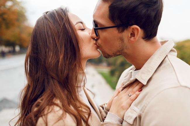 シングルマザーの出会いはアプリが一番!恋のきっかけになる方法とは