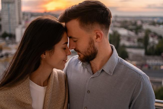 本命の子には特別!?男性の本気のキスを見分ける方法