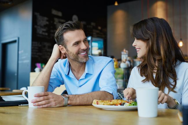 意中の男性に好印象を与えるために意識すべき「話し方」とは!?