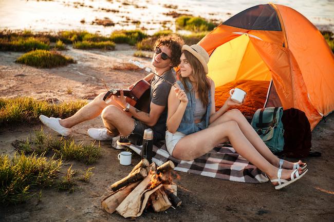 マンネリ解消!初めての「キャンプデート」でもっとラブラブに♡