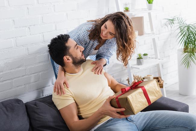 男女で喜ぶポイントが違う?プレゼントで避けたいNGポイント4つ