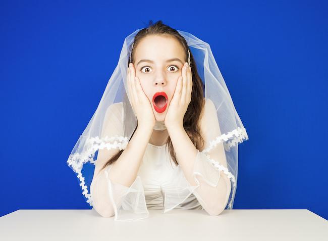 【プロポーズが遠のく...!】絶対NGな「結婚」の匂わせ行動